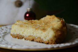 Varškės ir maskarponės sūrio pyragas