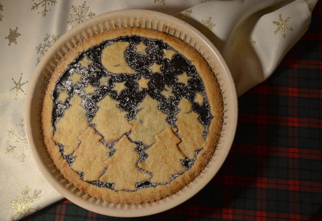 Kalėdinis mėlynių ir vyšnių pyragas