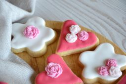 Valentine Shortbread Cookies with Sugar Icing