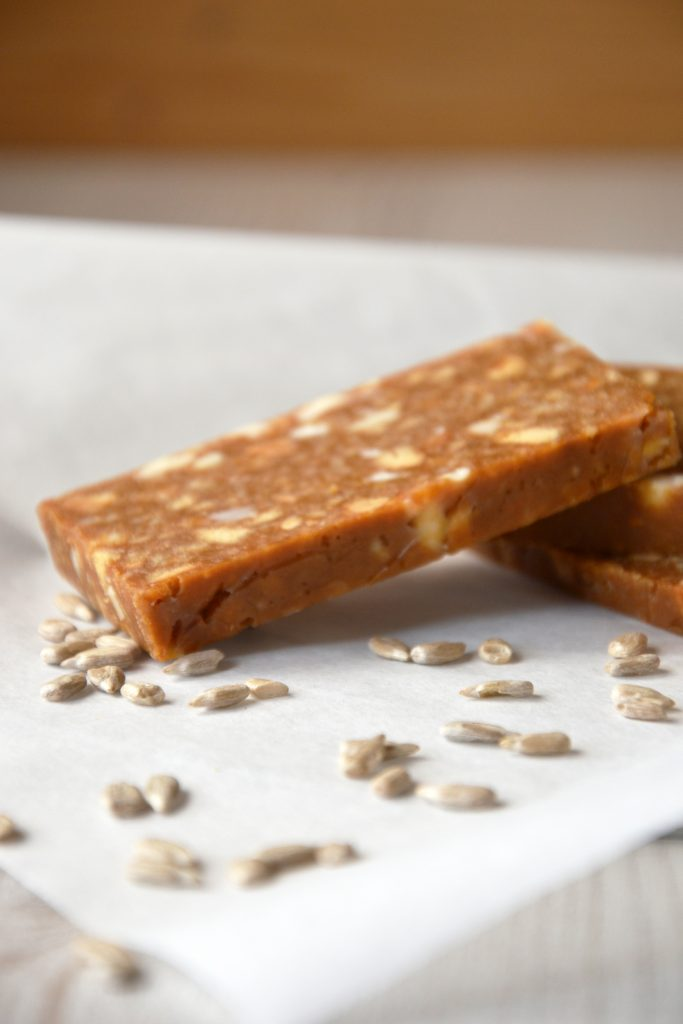 Salted Caramel Cookie Bars with Peanuts