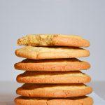 Trapūs, apvalūs ir dideli žemės riešutų sviesto sausainiai